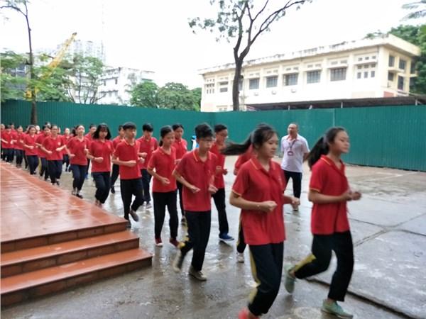 Lễ tham gia chạy Giải Báo Hà Nội mới lần thứ 44 vì hòa bình