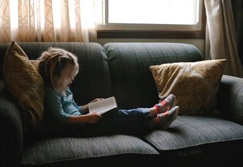 Bà mẹ Mỹ tiết lộ cách giúp con cai nghiện tivi và hứng thú với sách