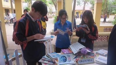 Ngày hội đọc sách 2019                   của trường thpt đan phượng