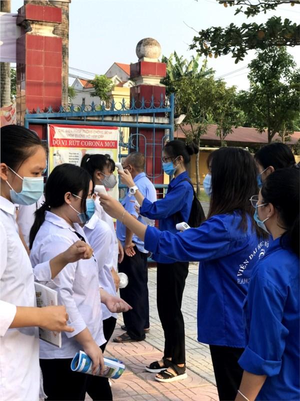 Trường thpt hồng thái quyết tâm thực hiện tốt các biện pháp phòng, chống dịch bệnh covid-19